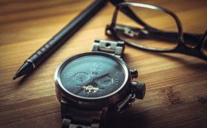 Hochwertige mechanische Uhren im Uhrenbeweger lagern
